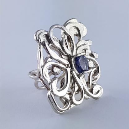 bague iolite bleue sertie sur argent - Floralis